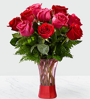 Tracey S Flowers The Ftd Art Of Love Rose Bouquet Deluxe